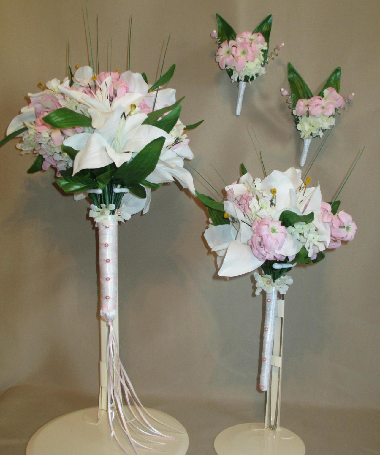 White Lily Bridal Bouquet With Matching Bridesmaids Bouquet And 2 ...
